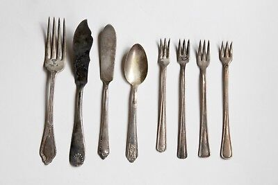 VTG 8 Pc. Silverplate Spoon Fork Knife Oneida Victor Saxony Rogers Mixed Lot