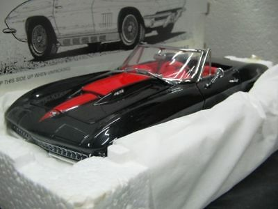 WOW EXTREMELY RARE Chevrolet Corvette Sting Ray 427 L71 1967 Black 1:20 Revell