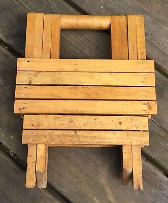 Small Vintage Wooden Slatted Folding Fishermans Artists Camping Picnic Stool