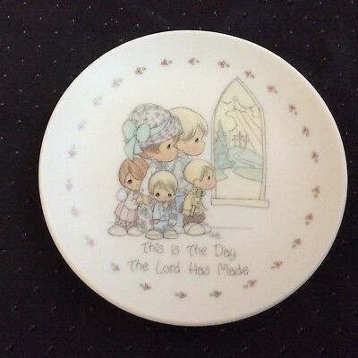 """Vtg Precious Moments Miniature 4"""" Plate Dish This Is the Day the Lord Has Made"""