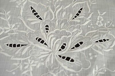 VINTAGE LINEN ORGANZA TABLECLOTH w/ EMBROIDERY & OPENWORK TT759