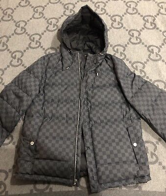 84d6c232e2b3 100% Authentic Louis Vuitton Damier Graphite Reversible Down Jacket Size 50