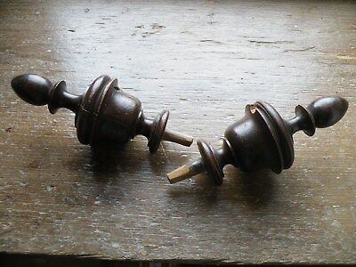 Stylish Matching Pair Of Antique Crisp Turned Walnut Curtain Pole Finials