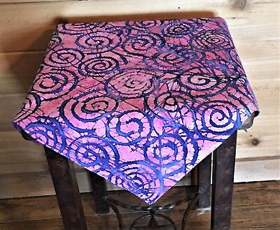 """Altar Tarot Cloth Pink with Blue Spirals - apx 21"""" x 21"""" Reversable"""