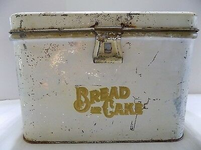Antique Bead/Cake Box by Cream City  Metal White Character Rust (r5-4)