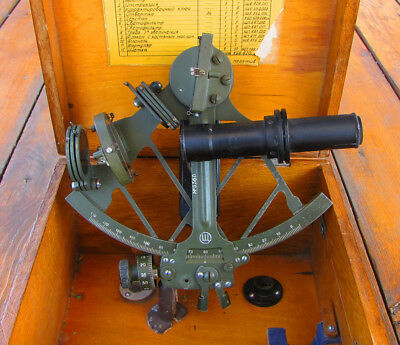 MARINE VINTAGE '60s SOVIET RUSSIAN SEXTANT SNO-M with ASTRONOMICAL TELESCOPE