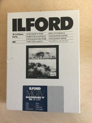 """Ilford 5 x 7"""" Multigrade IV RC Deluxe B&W Paper, Glossy Surface APPROX 80 Sheets"""