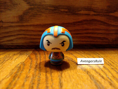 Masters of the Universe Pint Size Heroes Mystery Mini-Figure Man-At -Arms