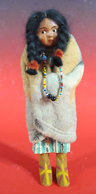 Antique 1920's Native American Indian SKOOKUM Bully Good Doll with Label NR yqz