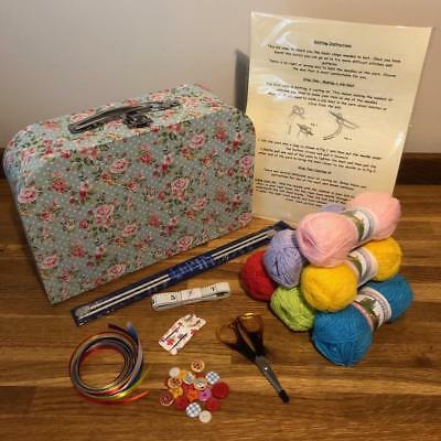 New Beginner Complete Boxed Knitting Kit Ideal Gift With 9 Box Style Availble