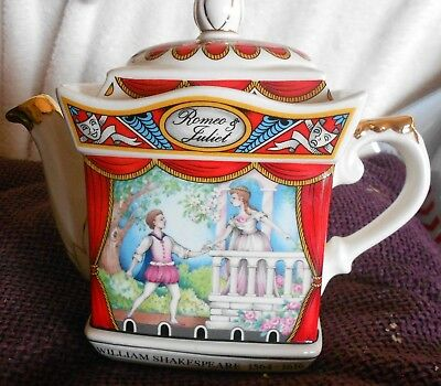 Vintage Sadler Teapot William Shakespeare Romeo and Juliet in lovely condition