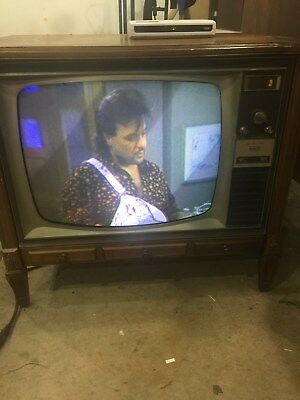 Vintage Mid Century RCA CTC25 Color TV 1967 Working