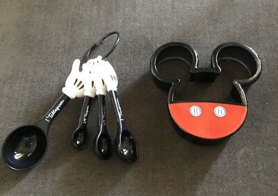 Disney Parks Mickey Measuring Spoons And Mickey Clubhouse Sandwich Toast Cutter