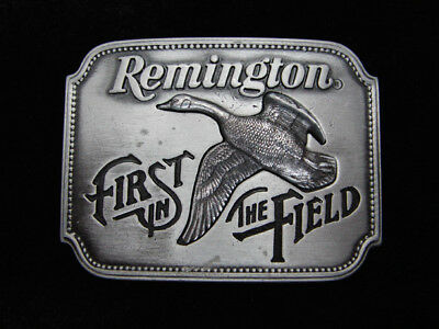 Qf13141 Vintage 1980 **remington First In The Field** Gun & Hunting Belt Buckle