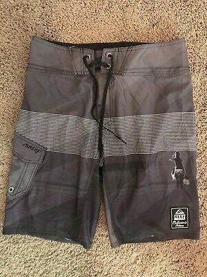 c25ae23999 NWT DaHui Hybrid Collection Men's Olive Camo Board Shorts Size 30. $8.50  Buy It Now 11d 21h. See Details. reef boardshorts 32