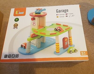 Kids wooden toy garage set