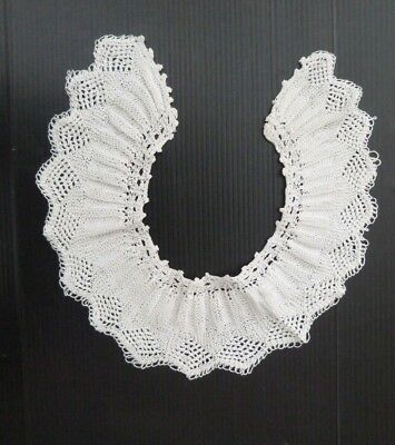 Vintage Knitted Collar, White
