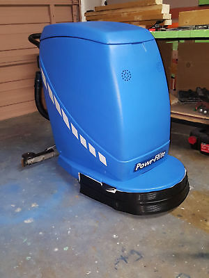 Predator Auto-Scrubber PAS20 with Battery Charger & Custom Loader/Transporter