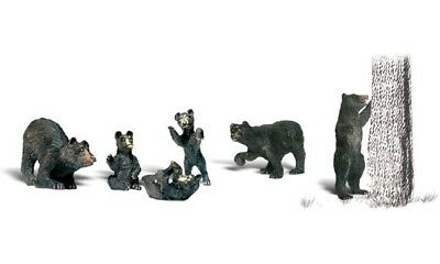 NEW Woodland O Scale Black Bears Train Figures A2737