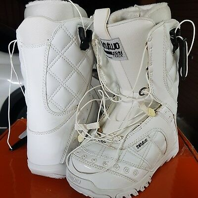 Brand new thirty-twos Prions US5 ladies Snowboard boots.