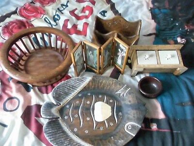Box of Various Wooden items  ( 7 )