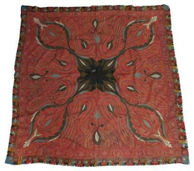 Hand embroidered paisley shawl with polychrome thread, small cartouche... Lot 82