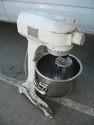 HOBART 20lt COMMERCIAL 3 SPEED MIXER  Model: AE-200 WITH 20lt BOWL & WHISK