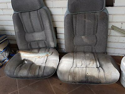 XC Ford seats