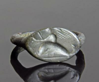Greek silver ring with dolphin 4th-3rd century BC.