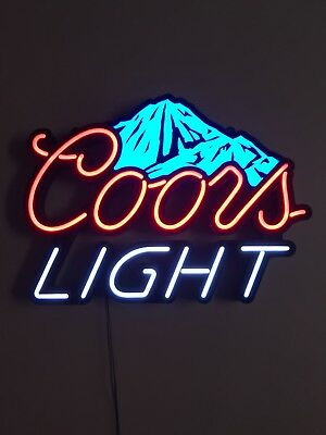 Coors Light Bar Sign - LED Bar Sign & the Mountains Change from White to Blue!