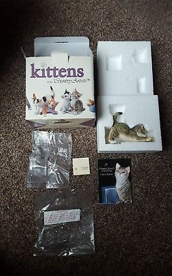 COUNTRY ARTISTS KITTENS 01355 Kitten Playing With Ribbon.COLLECTABLE