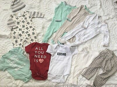 gender neutral baby clothes lot 0-3 Months
