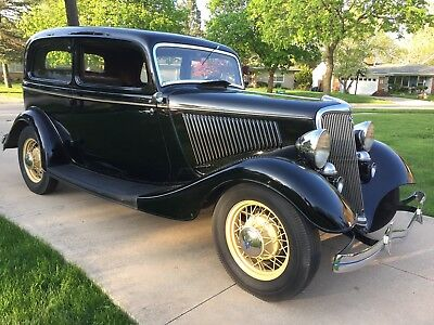 1934 Ford Deluxe Tudor  1934 Ford Deluxe Tudor - original paint, interior, nice survivor, owned 49 years