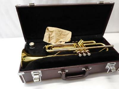 Yamaha YTR 2320 Trumpet Japan With Case And Mpc, Plays good
