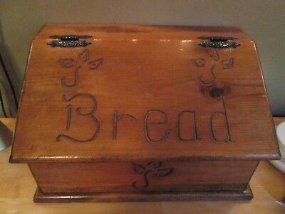 Vintage antique wooden bread box engraved good condition