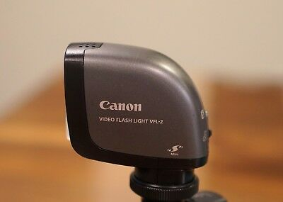 Canon VFL-2 Light and Flash for Canon Vixia Camcorders VFL2 G20 G30 ~MINT
