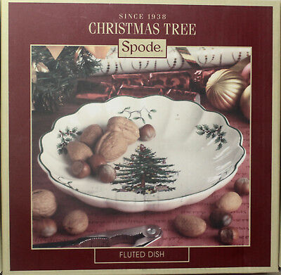"Spode Christmas Tree 8 1/4"" FLUTED SERVING DISH, **NEW in BOX**"