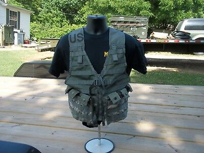 Military Surplus Load Carrier Vest Molle Ii Acu Army Plus 2 Pouches Adjustable