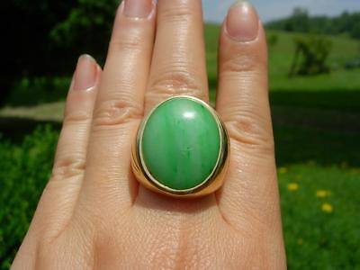 A Large Vintage Chinese 14K Gold & Apple Green Jadeite Jade Ring