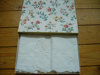 Pair Of Vintage Embroidered Pillow Cases, White On White,boxed