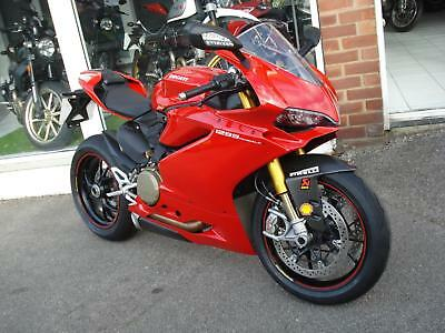 Ducati 1299S Panigale, One Owner. F.s.h Only 2500 Miles!