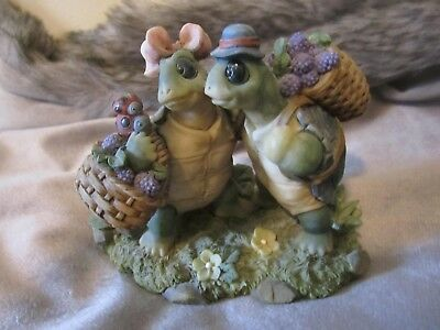 Collectible Turtle Figurines '' Berry Friends '' just paling around