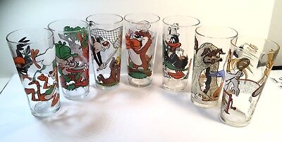 7 Warner Brothers 1976 Pepsi Collector Series Looney Toons Character Glasses