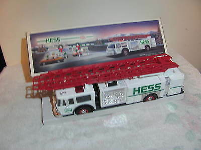 Hess Aerial Quint Toy Fire Truck 1989 Release