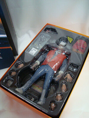 Hot Toys Marty McFly Back to the Future Figure MMS257 1/6 NEW