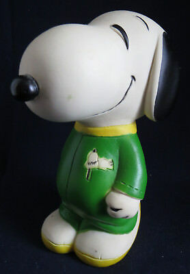 1970s Era Vinyl Peanuts Snoopy in Green Running Track Suit Coin Still Money Bank