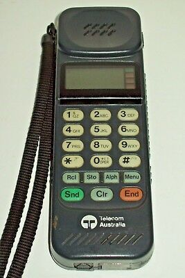 Telecom Walkabout 5D Vintage Mobile phone Works No battery