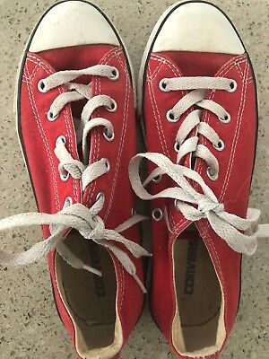 Red Converse Chuck Taylor All Star Chalupa Excellent Condition Size 3 Youth