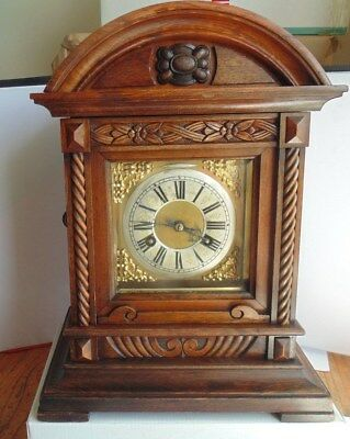 Vintage Junghans Chiming Mantle Clock ca 1900, wooden case/key/pendulum