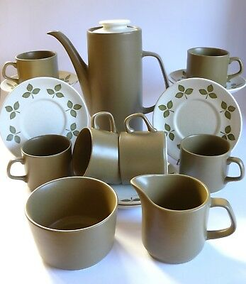 Vintage J&G MEAKIN Retro MAIDSTONE TULIP TIME 15 Pieces Stoneware Coffee Tea Set